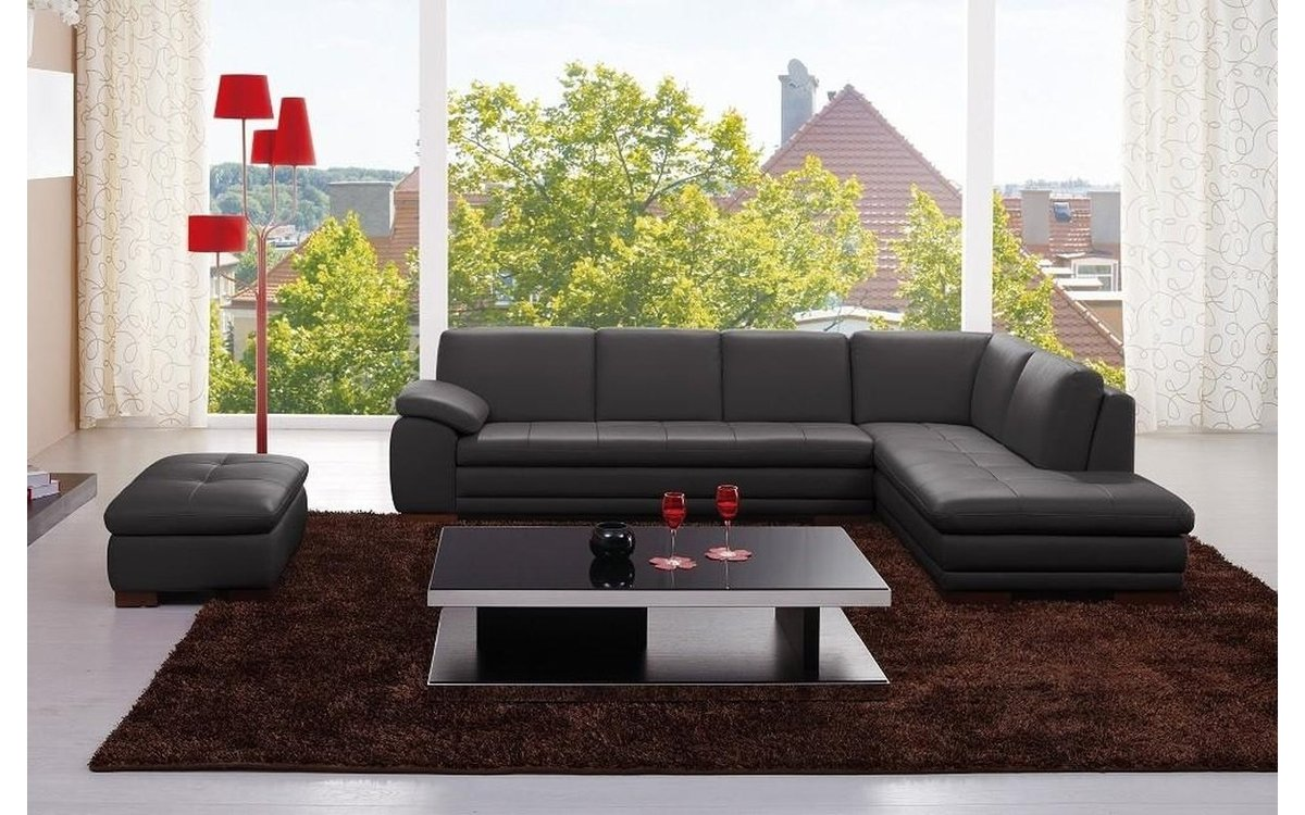 Giuseppe Black Leather Sectional Sofa