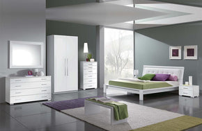 Teagan Modern Bedroom Set