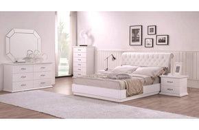 Daphney Bed