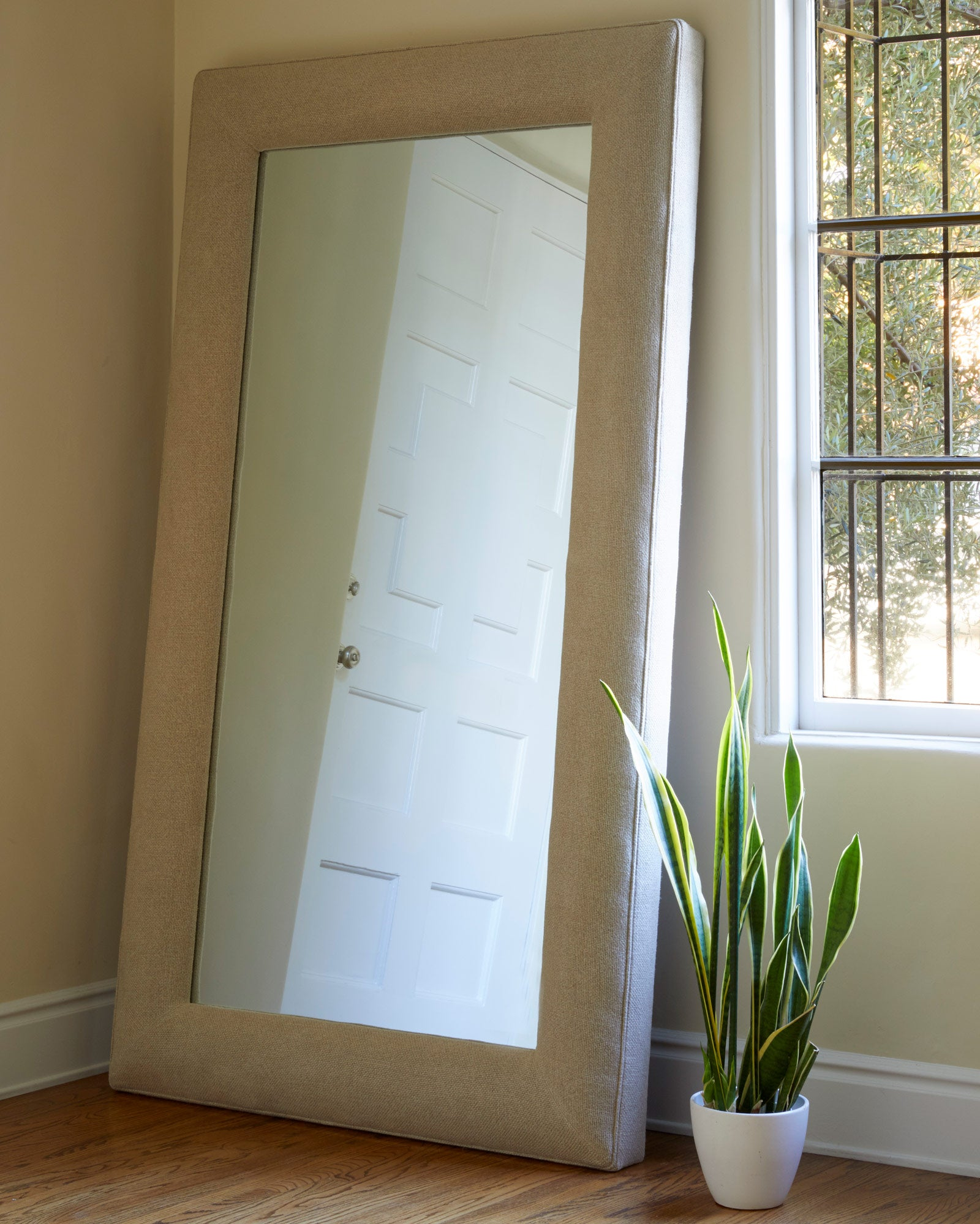 Isabel Floor Mirror - Rectangular