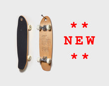 Load image into Gallery viewer, Skateboard