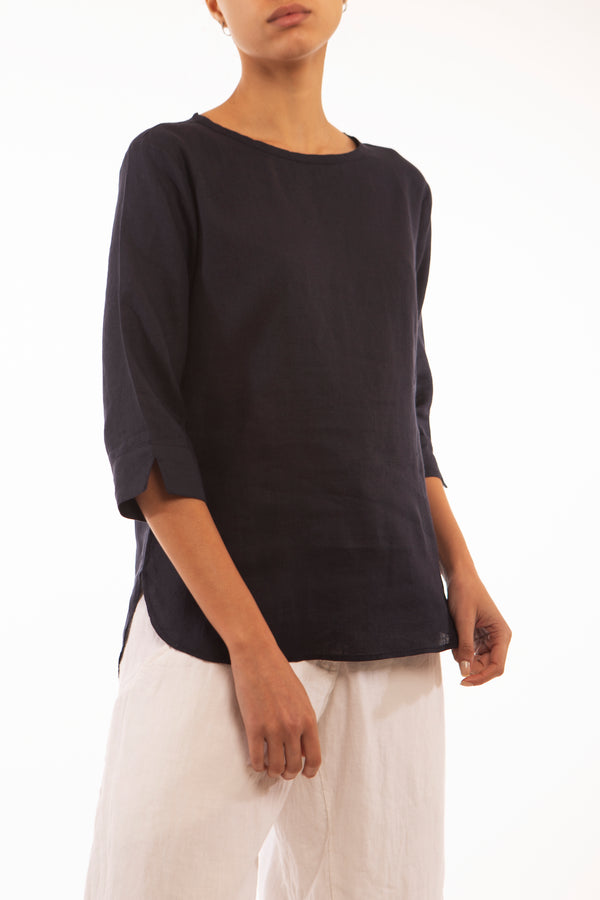 100% linen top, round neck, blue shirt