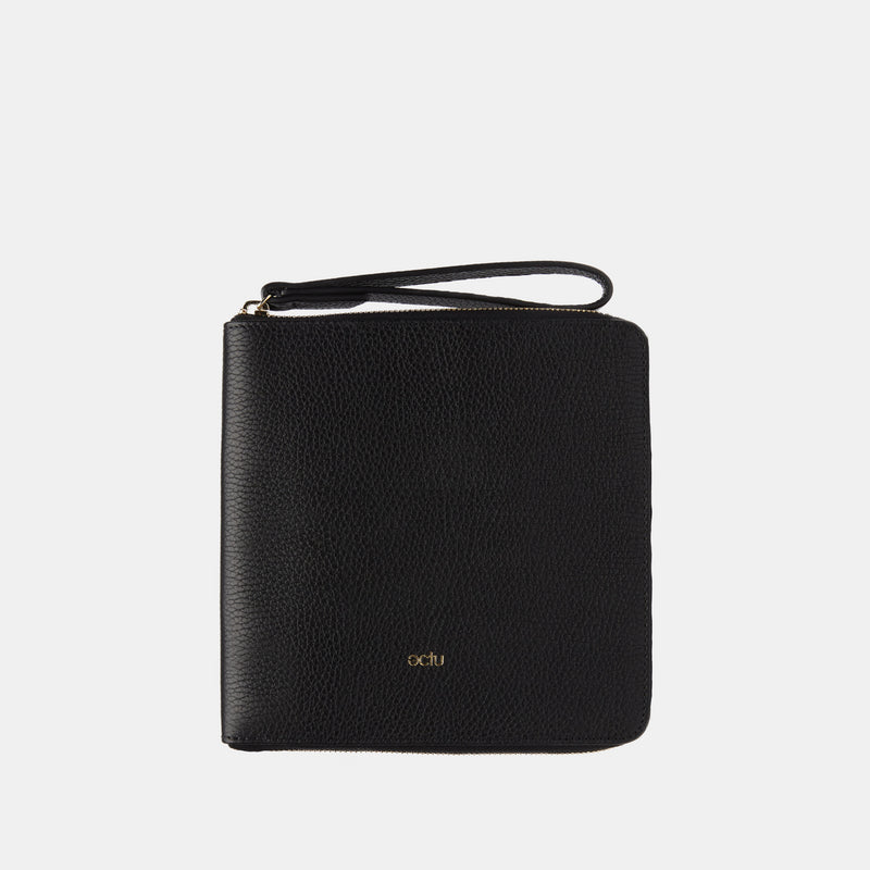 Travel Organizer in Black