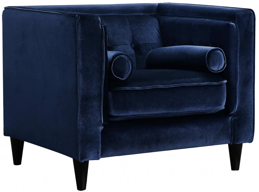 Simon Bolivar Velvet Chair