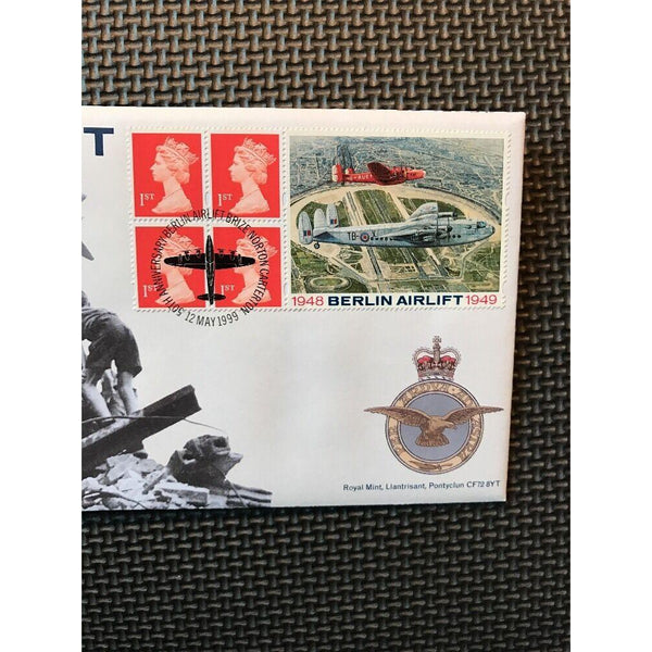G.B Cover Berlin Royal Mail / Mint Coin Cover PM 'Brize Norton Carterton' 1999 - uk-cover-lover