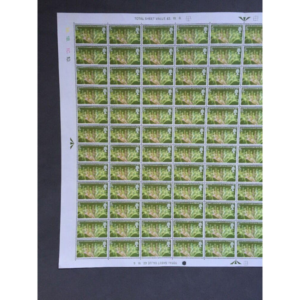 1970 5d Runners Commonwealth Games Mint Stamp Sheet 120 Stamps - uk-cover-lover