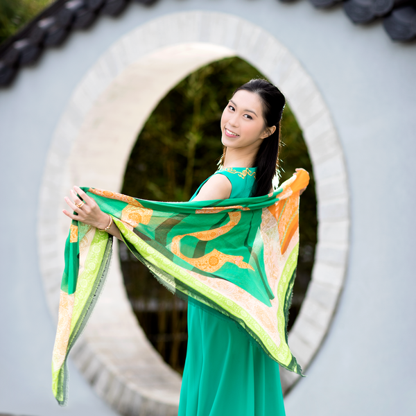 Bring the beauty of Shen Yun home!