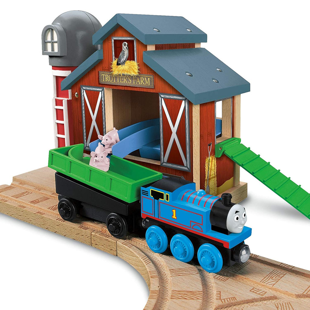 FARMHOUSE PIG PARADE SET - Y4090