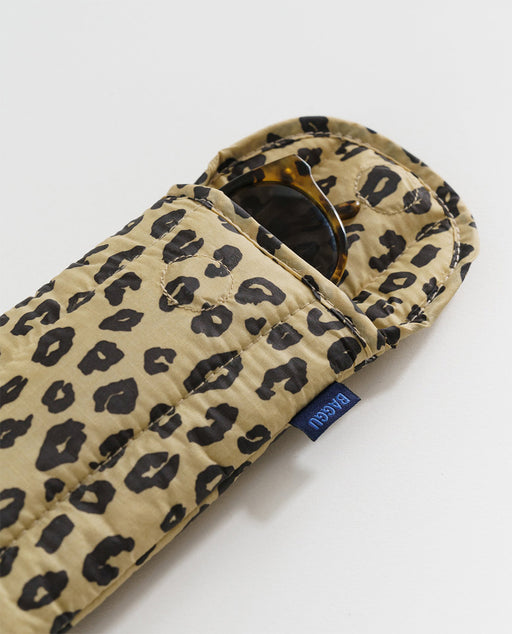 Baggu Puffy Glasses Sleeve Honey Leopard Nederland