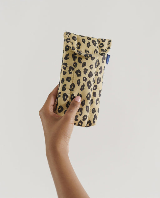 Baggu Puffy Glasses Sleeve Honey Leopard Utrecht