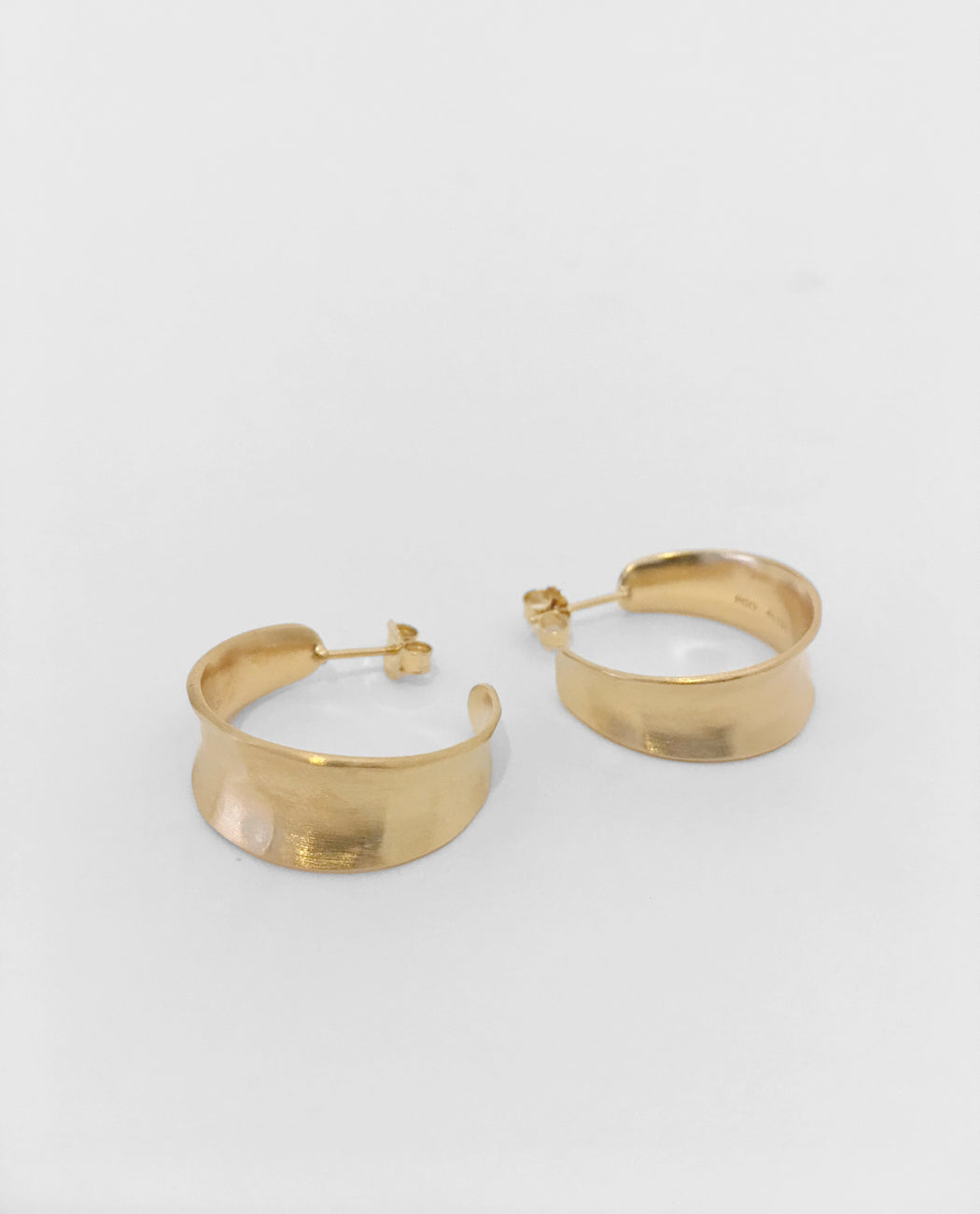 Pernille Corydon Saga Hammered Earrings Goldplated