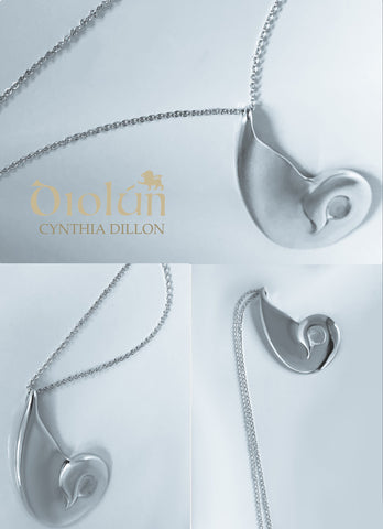 "Pendant - Sculpted ""Swan"" in S/S w. 16"" Chain - DiolunDesigns"