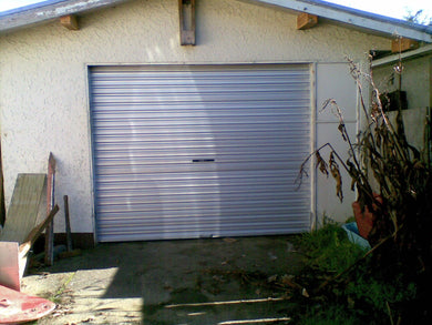 Windlocked 2500 x 3100w Zincalume Roller Door