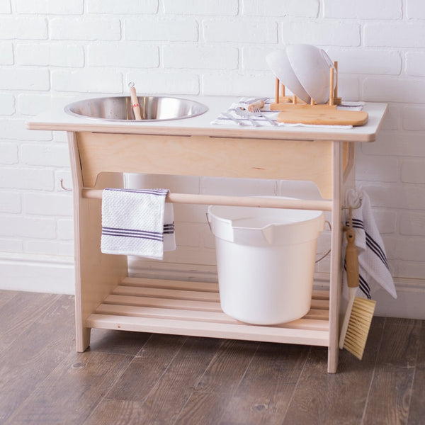 Montessori Children's Dish Washing Station