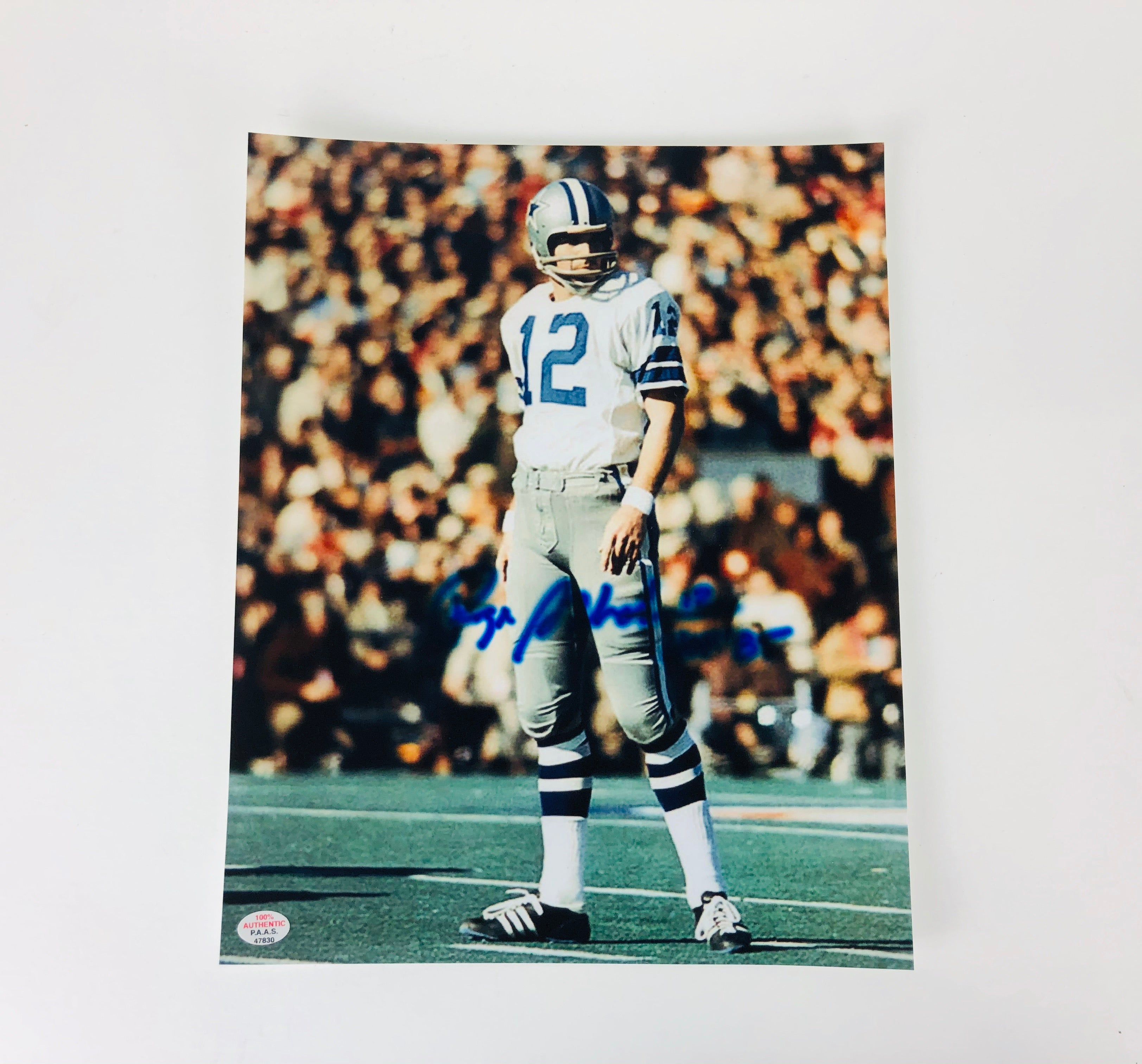 Roger Staubach Autographed 8x10 Photo With COA