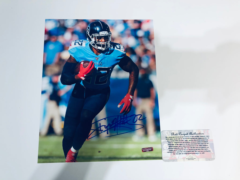 Derrick Henry Autographed 8x10 Photo With COA