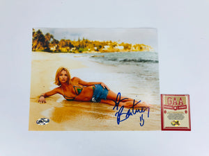Britney Spears Autographed 8x10 Photo With COA