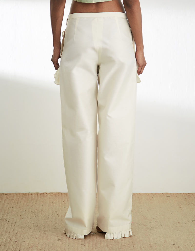 STRAIGHT PANT WITH FRILLS AT POCKET AND HEM