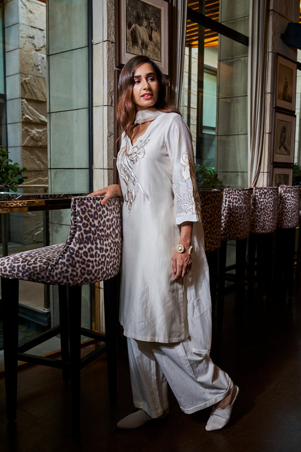 Ivory tunic with pant