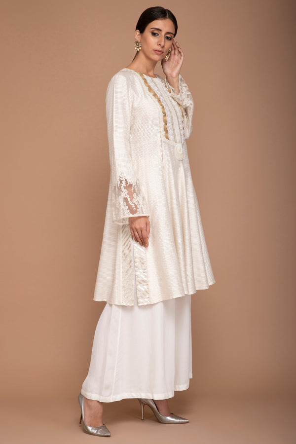 Ivory Kurta Set with Mukaish Work