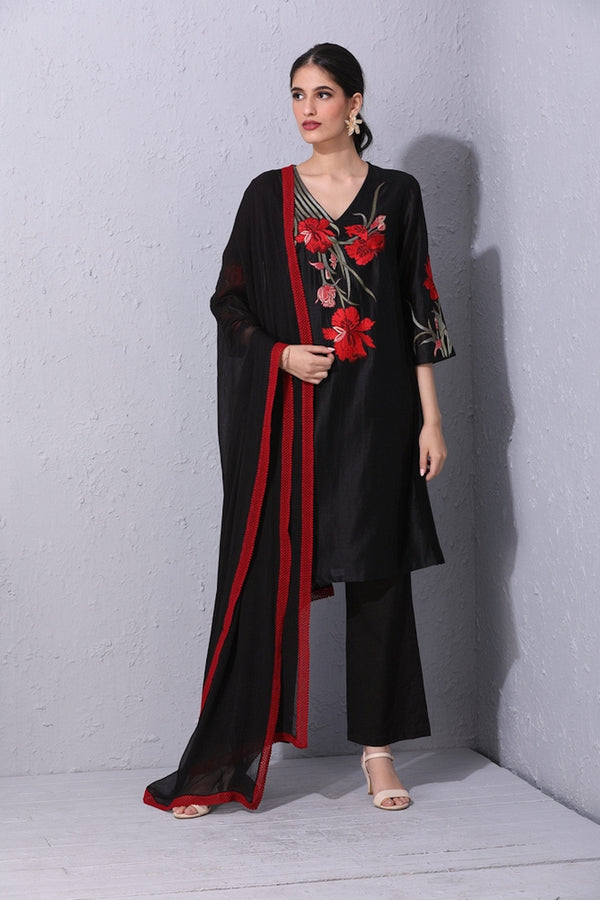 Iris Flower Black Kurta Set