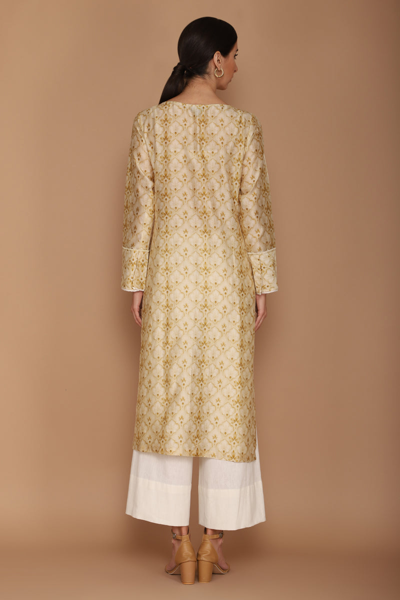 Printed Chanderi Kurta With Cotton Flex Pants And A Dupatta