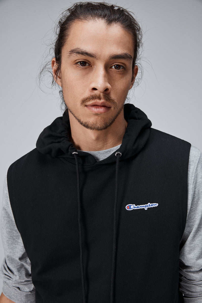 Champion Script Logo French Terry Sleeve Less Hoodie (M)