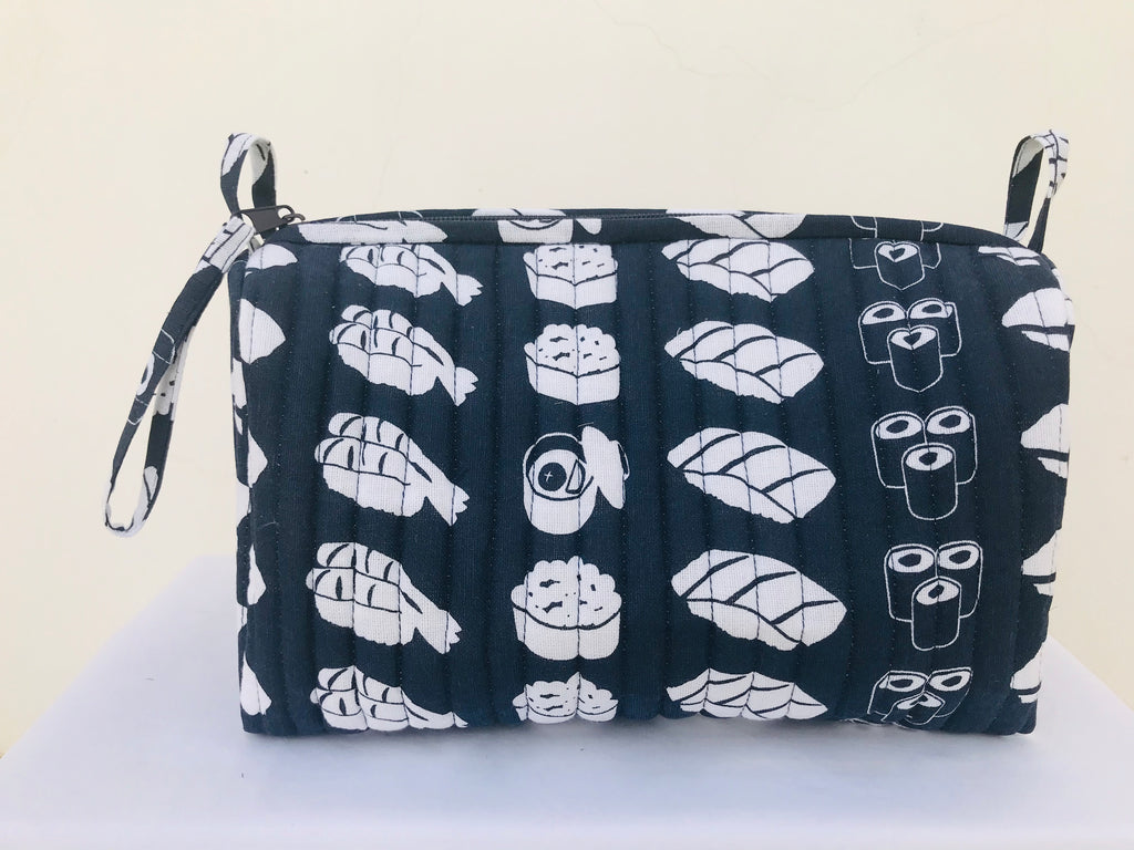 toiletry bag(sushi)