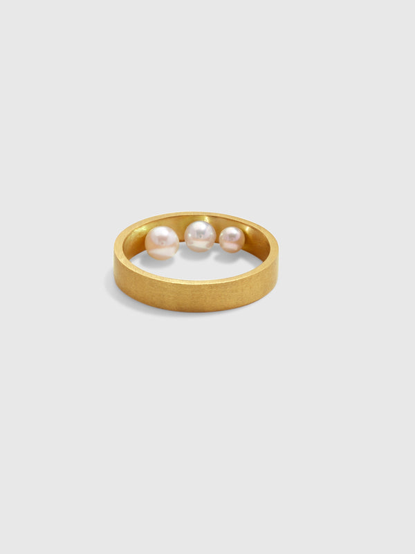 Three Hidden Pearls Ring - 10 Corso Como New York