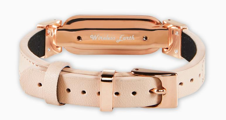 wireless_earth_bracelet_premium_edition_leather_rose_gold_back_5g_technology