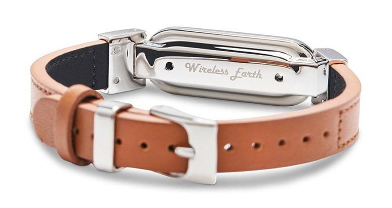 wireless_earth_bracelet_leather_leather_brown_back_5g_technology