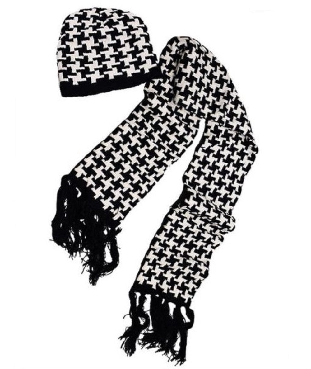 Skull Beanie and Scarf Set Crimson and Houndstooth Knit Cable - SE Collegiate Gifts