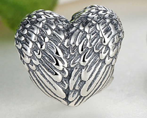 Angelic Wings Bead - SE Collegiate Gifts