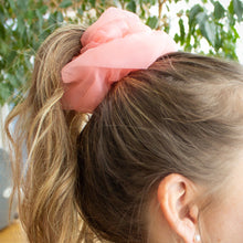Load image into Gallery viewer, Enya Retro Scrunchie Set