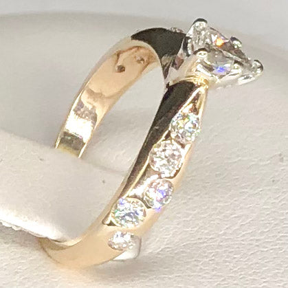 1980's 14K Yellow Gold Pear Shaped Diamond Ring CR0003