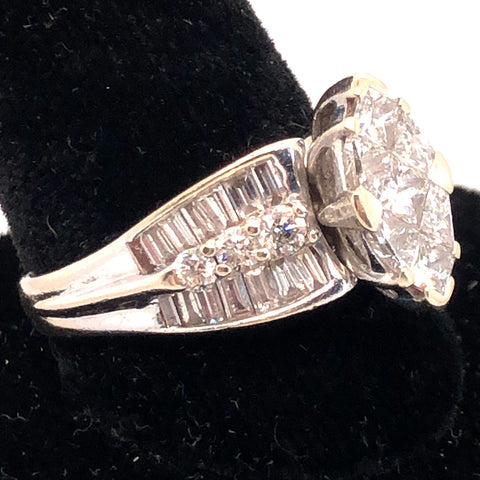 Vintage 14K White Gold Diamond Ring  CR0208
