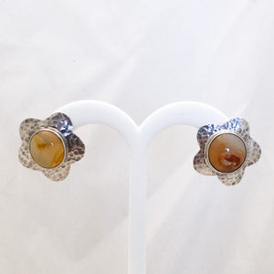Sterling Silver Five Hammered Petal Earrings with Agate   SI0125