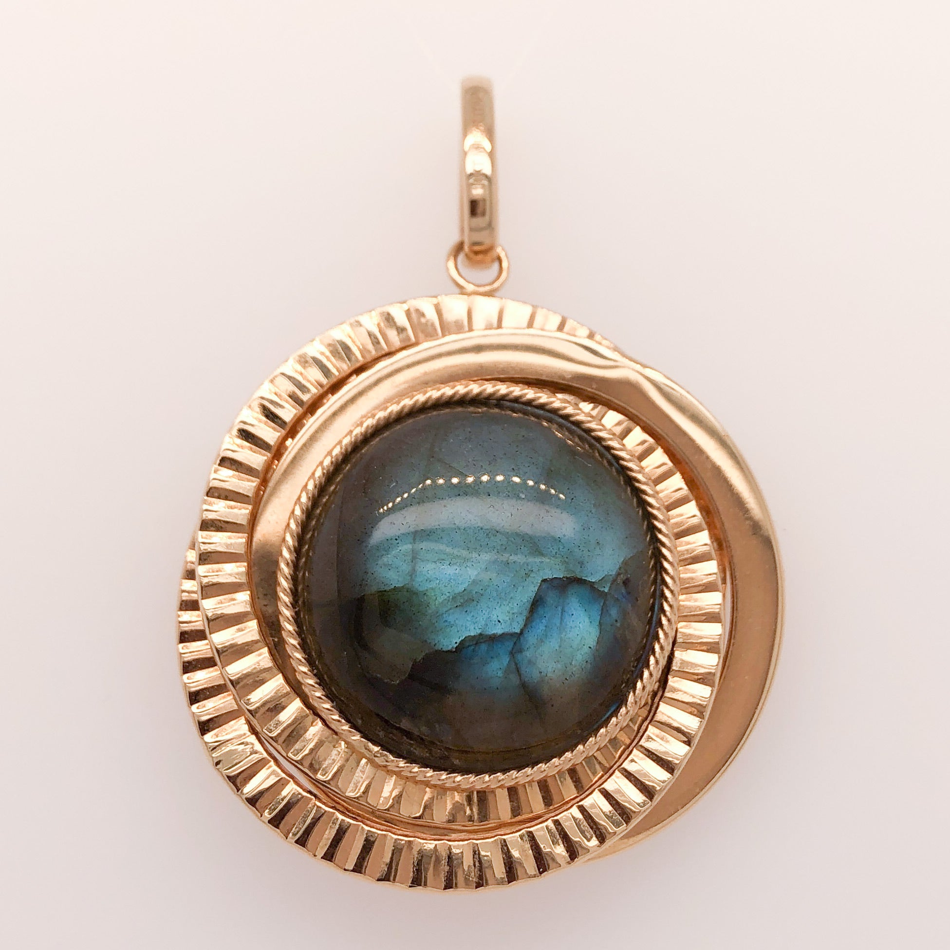 14K Yellow Gold Large Round Reversible Labradorite/Druzy Pendant  CPEND0033