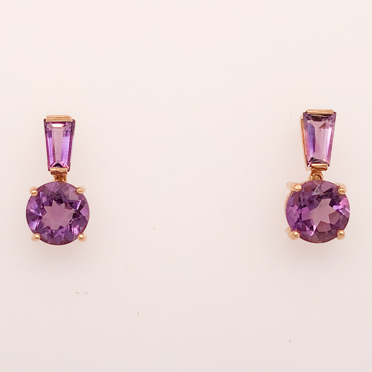 14K Yellow Gold Lever Amethyst Dangle Earrings  CE0119