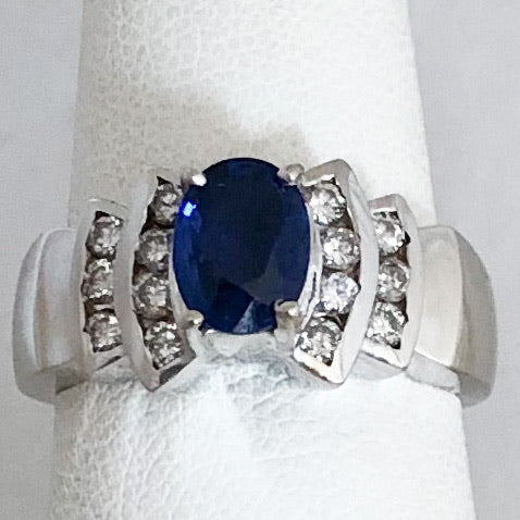 18K White Gold Ceylon Sapphire & Diamond Ring   CR0138
