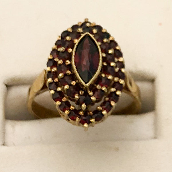 14K Yellow Gold Ring with Marquise Shape of Garnets