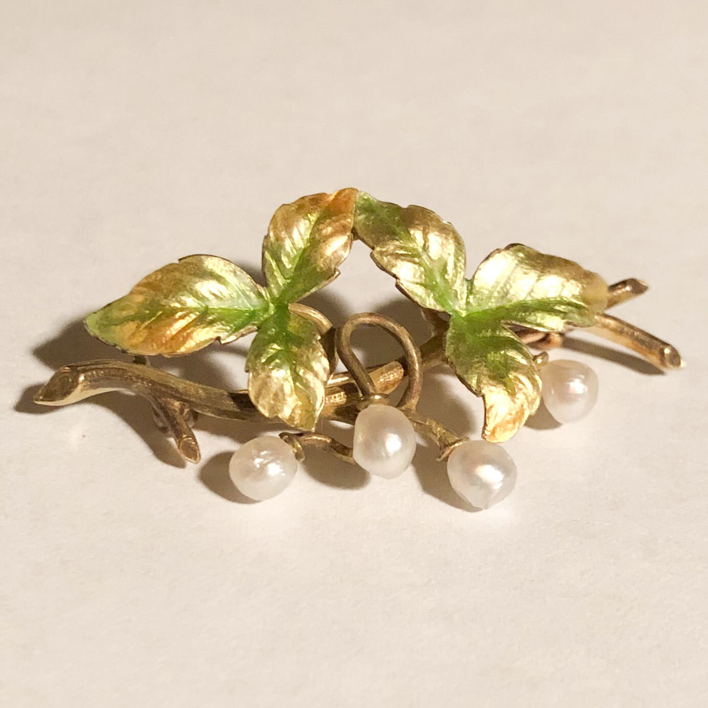 14K Yellow Gold Antique Pin with Enamel Leaves and Seed Pearls   CP0011