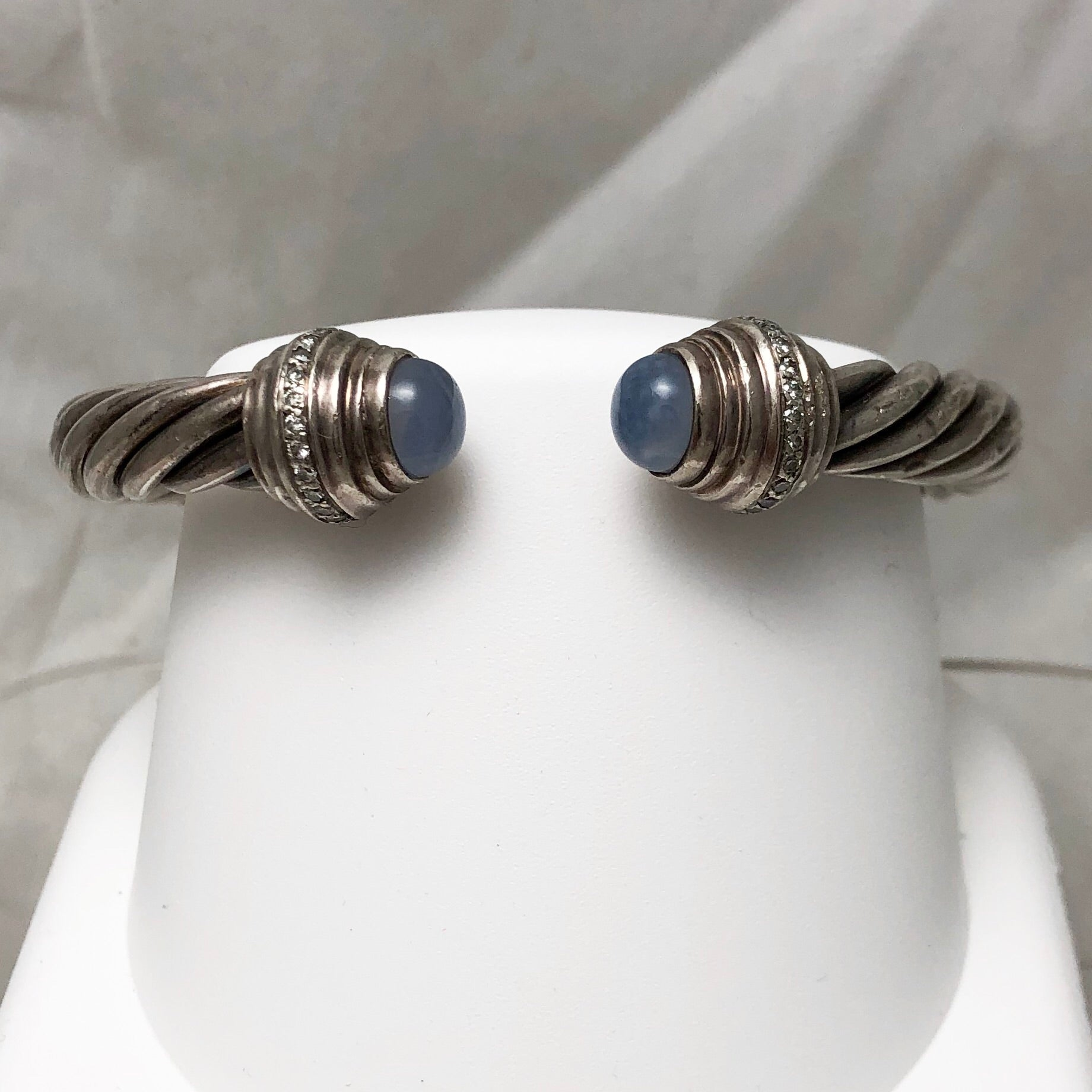 Sterling Silver Yurman-like Twisted Thick Cable with Stones on End   CB0093