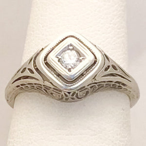 18K White Gold Filigree Ring with Clear Stones   JSI0128