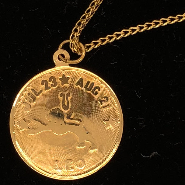 14K Yellow Gold Leo Zodiac Disk Pendant on 14K Yellow Gold Chain CN0065