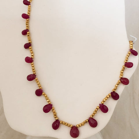 18K Yellow Gold Bead and Ruby Necklace   CN0044
