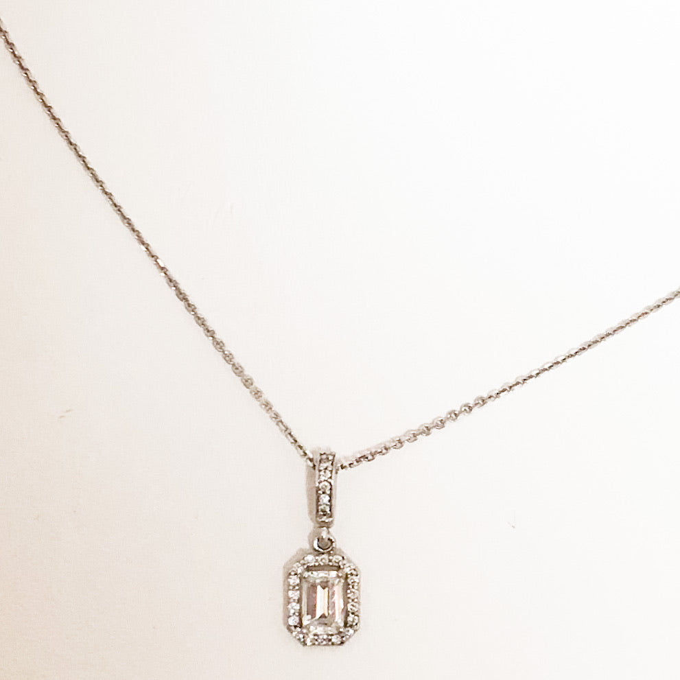 14K White Gold Emer Shaped Diamond in Diamond Halo Necklace   SI0092