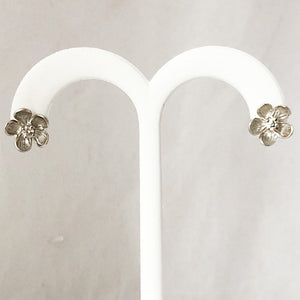 Sidney Garber 14K White Gold Flower Diamond Earrings  CE0114