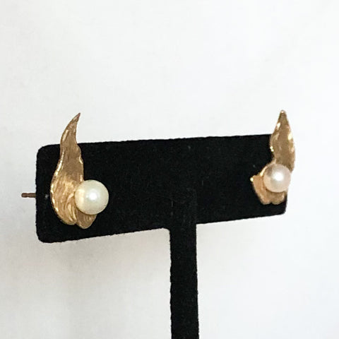 14K Yellow Gold Pearl Leaf Earrings   CE0108