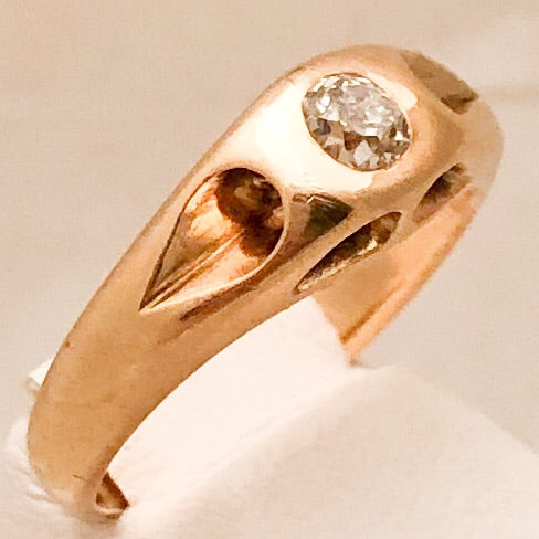 14K Yellow Gold Antique Belcher Ring with @4.2mm Flush Mounted Diamond   CR0106